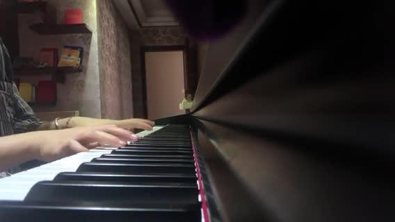欧帅帅 发布了一个钢琴弹奏视频,欢迎来围