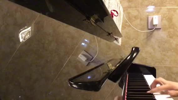 钢琴无极 发布了一个钢琴弹奏视频,欢迎来