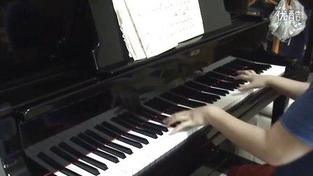 经典歌曲《我和我的祖国》钢琴