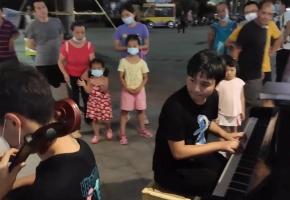 钢琴+大提琴= 《千与千寻》
