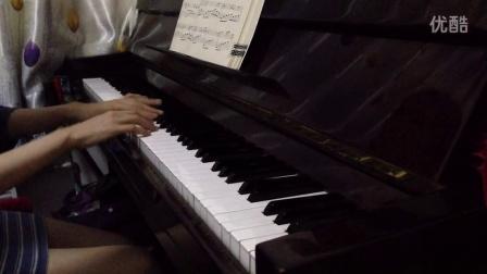 《月亮代表我的心》钢琴曲