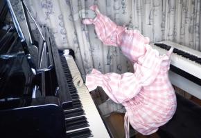 《X档案:隐形人弹钢琴之谜》——你一定听过的bgm系列