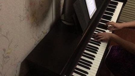 《凤凰花开的路口》钢琴曲