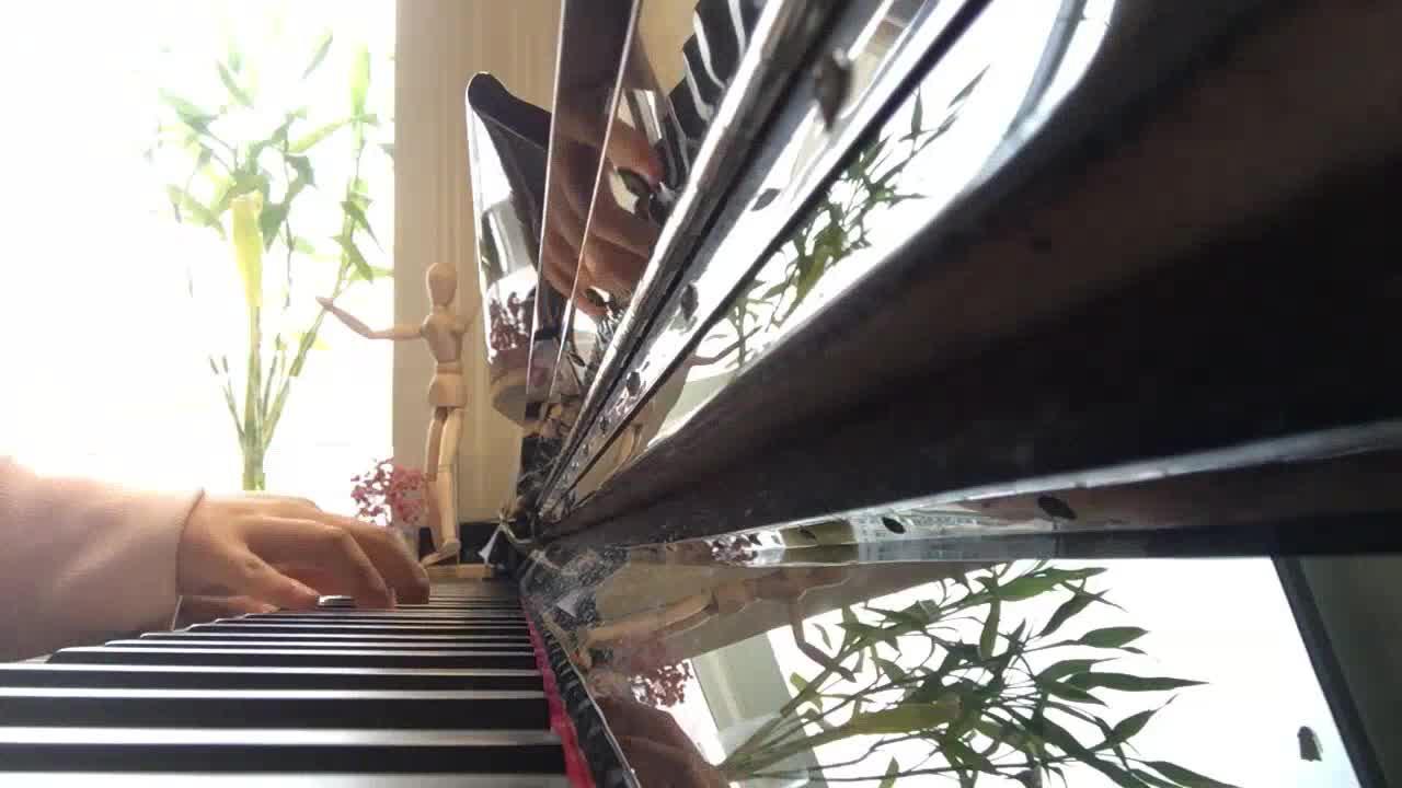 ?M鹿M? 发布了一个钢琴弹奏视频,欢迎