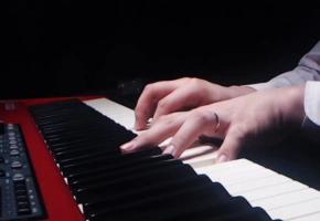 【钢琴】阳光下的星星,直播工具也能录出MV的感觉!