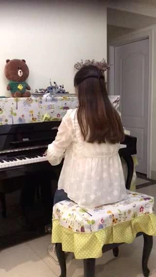 女巫yy 发布了一个钢琴弹奏视频,欢迎来