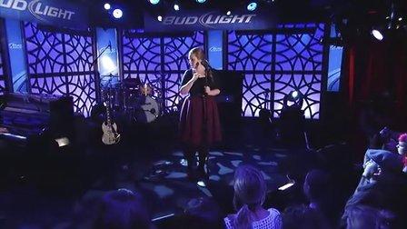 Adele《Someone