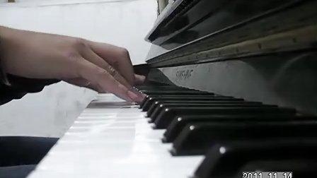 自弹自乐——《夜的钢琴曲1》