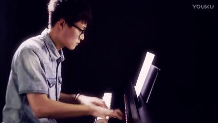 钢琴版《名侦探柯南》,绝对震撼!