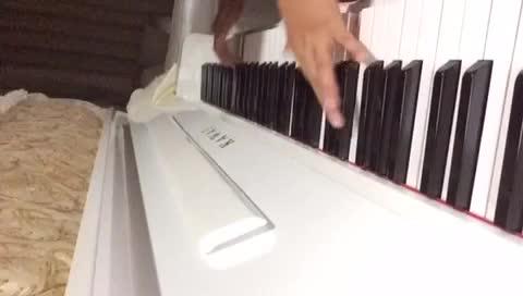 11岁孩子弹梦中的婚礼,我发布了一个钢琴