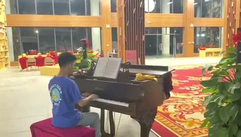 叫我小福泥 发布了一个钢琴弹奏视频,欢迎