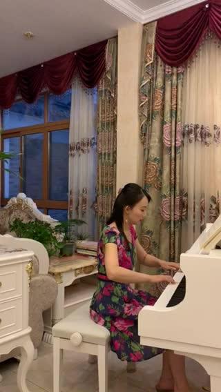 《公关小姐》主题曲奉献思思989 发布了