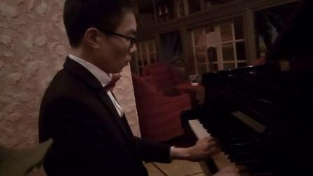 神秘园(三角钢琴)