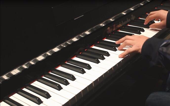 (我们仍未知到那天所见花的名字ed)钢琴