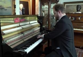 你能听出电脑演奏和人类演奏钢琴的...