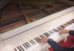 【钢琴】最近超火的网红神曲《Way Back Home》用钢琴来演奏会是什么样子呢?大家了解一下!