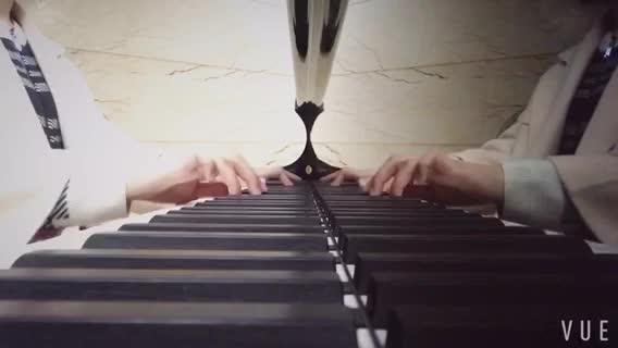 鸡鸭鹅 发布了一个钢琴弹奏视频,. 欢迎