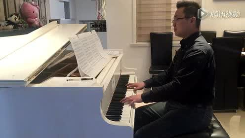 伍乐《夜的钢琴曲六》下雨时你会想起谁 石进