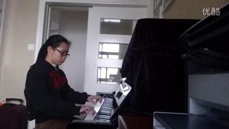 卢欣彤演奏《瑶族长鼓舞》