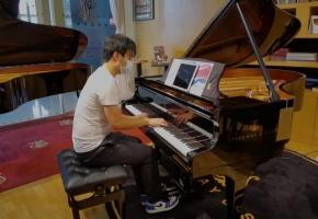 感谢有您!京阿尼! 用近百万三角钢琴来弹奏《相遇天使》